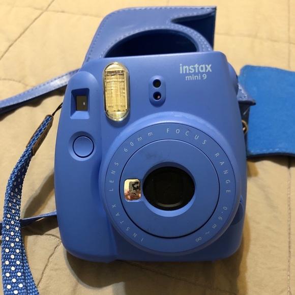 Instax Mini 9 Polaroid Camera w/Case Cobalt Blue